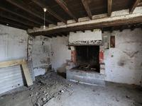 French property for sale in BARENTON, Manche - €31,000 - photo 2