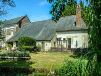 French property for sale in LA CHARTRE SUR LE LOIR, Sarthe - €593,600 - photo 10