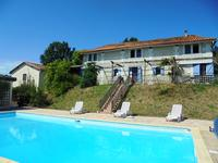 French property, houses and homes for sale inAUBETERRE SUR DRONNECharente Poitou_Charentes
