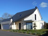 Maison contemporaine 111 m² à moins que 2km de la plage et commerces sur un terrain 1430 m² avec vues sur la campagne - à seulement 10 km de Granville et Gare SNCF avec correspondance directe à Paris