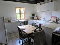 Maison à vendre à ST MARS SUR COLMONT en Mayenne - photo 1