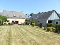 French property for sale in ST MALO DES TROIS FONTAINES, Morbihan - €177,000 - photo 2