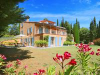 French property for sale in SAINT SATURNIN LES APT, Vaucluse - €840,000 - photo 3