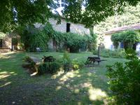 French property for sale in BUSSEROLLES, Dordogne - €299,950 - photo 2