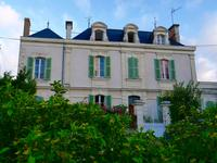 French property, houses and homes for sale inCHEFFESMaine_et_Loire Pays_de_la_Loire