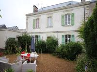 French property for sale in CHEFFES, Maine et Loire - €360,400 - photo 2
