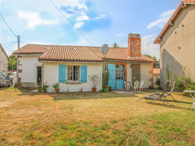 Maison à vendre à ESSE(16500) - Charente