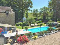 French property for sale in QUESTEMBERT, Morbihan - €1,250,000 - photo 3