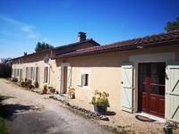 French property for sale in POULLIGNAC, Charente - €360,400 - photo 2