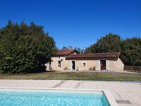 French property for sale in POULLIGNAC, Charente - €360,400 - photo 7