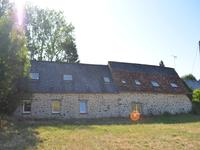 French property for sale in STE SUZANNE, Mayenne - €235,400 - photo 3