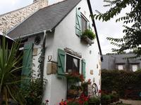 French property for sale in TREAL, Morbihan - €130,800 - photo 2