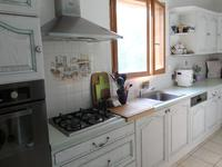 French property for sale in LEGUILLAC DE L AUCHE, Dordogne - €192,600 - photo 2