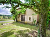 French property for sale in YVIERS, Charente - €149,330 - photo 5