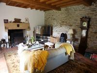 Chateau à vendre à THIVIERS en Dordogne - photo 7