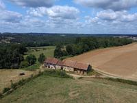 Chateau à vendre à THIVIERS en Dordogne - photo 8