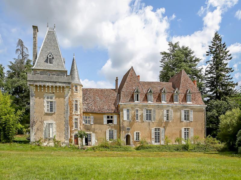 Chateau à vendre à THIVIERS(24800) - Dordogne