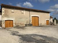 French property for sale in MONTMOREAU ST CYBARD, Charente - €614,800 - photo 10