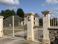 French property for sale in MONTMOREAU ST CYBARD, Charente - €614,800 - photo 9