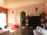 French property for sale in BLAYE, Gironde - €250,000 - photo 9