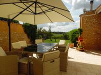 French property for sale in BLAYE, Gironde - €250,000 - photo 2