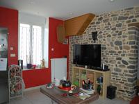 French property for sale in VITRE, Ille et Vilaine - €299,600 - photo 3