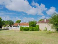 French property for sale in BOURDEILLES, Dordogne - €699,600 - photo 4
