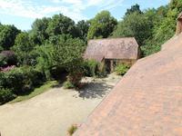 French property for sale in LA DOUZE, Dordogne - €299,980 - photo 5