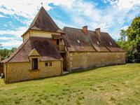 French property for sale in LA DOUZE, Dordogne - €299,980 - photo 2