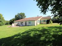 French property for sale in BEAULIEU SUR SONNETTE, Charente - €249,895 - photo 2