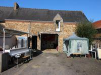 French property for sale in ERBRAY, Loire Atlantique - €304,950 - photo 6