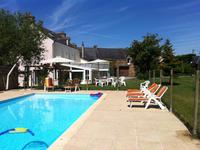 French property for sale in ERBRAY, Loire Atlantique - €304,950 - photo 4