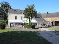 French property for sale in ERBRAY, Loire Atlantique - €304,950 - photo 2