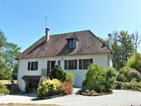 French property for sale in MEZIERES SUR ISSOIRE, Haute Vienne - €172,000 - photo 2