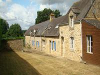 French property for sale in LOCMALO, Morbihan - €129,995 - photo 2