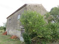 French property for sale in GENOUILLE, Charente Maritime - €56,000 - photo 3