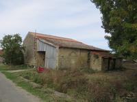 grange à vendre à GENOUILLE, Charente_Maritime, Poitou_Charentes, avec Leggett Immobilier