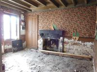 French property for sale in ST LEOMER, Vienne - €26,000 - photo 4