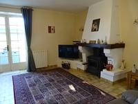 French property for sale in BARBEZIEUX ST HILAIRE, Charente - €299,000 - photo 6