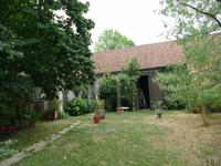 French property for sale in MONTAIGU LE BLIN, Allier - €252,000 - photo 2