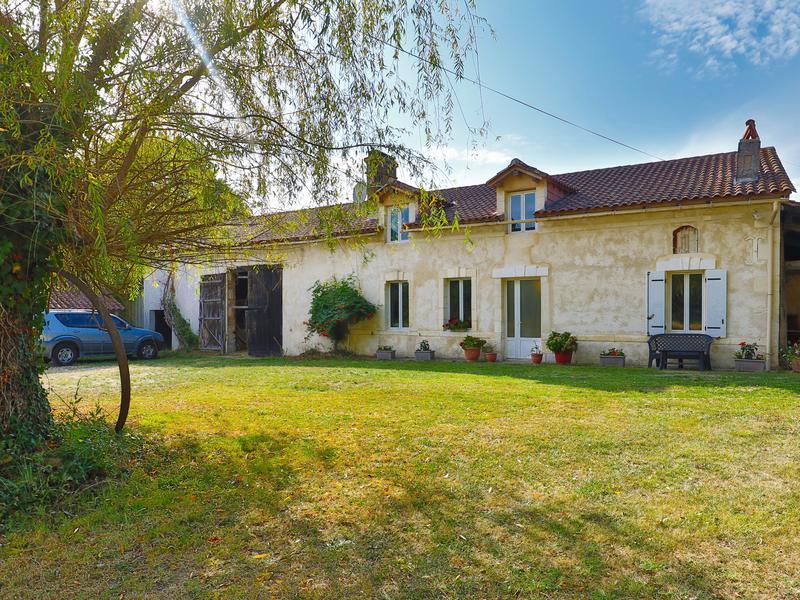 Maison à vendre à ECHOURGNAC(24410) - Dordogne
