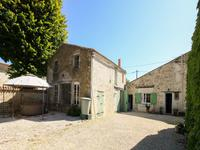 French property for sale in NUAILLE SUR BOUTONNE, Charente Maritime - €278,200 - photo 9