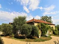 French property for sale in SALLES LAVALETTE, Charente - €371,000 - photo 10
