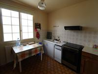 French property for sale in VAYRES, Haute Vienne - €152,600 - photo 3