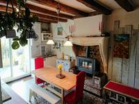 French property for sale in RAUZAN, Gironde - €315,000 - photo 4