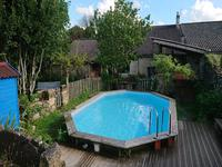 French property for sale in RAUZAN, Gironde - €315,000 - photo 3