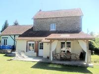 French property for sale in ST PLANTAIRE, Indre - €140,000 - photo 2