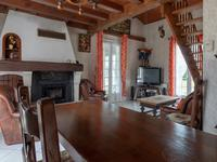 French property for sale in ST SAVINIEN, Charente Maritime - €205,200 - photo 3