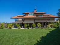 French property for sale in CHENS SUR LEMAN, Haute Savoie - €1,690,000 - photo 2