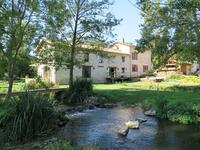 French property for sale in MELLE, Deux Sevres - €477,000 - photo 2